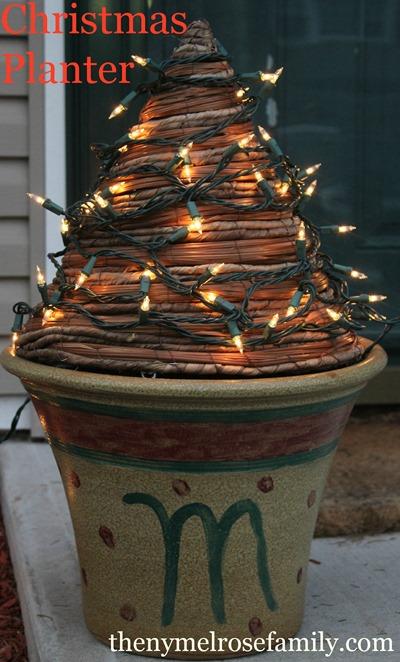 Christmas-Planter.jpg