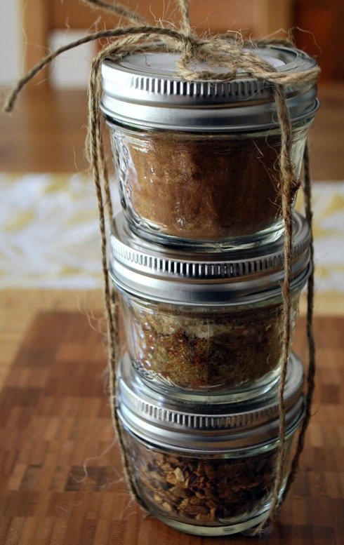 homemade spices plus more hostess gift ideas