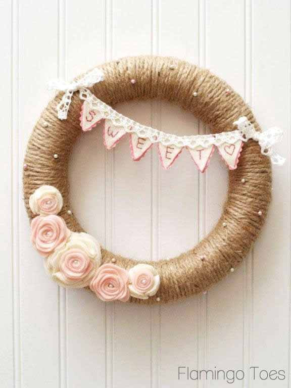 Pink-and-White-Valentines-Wreath